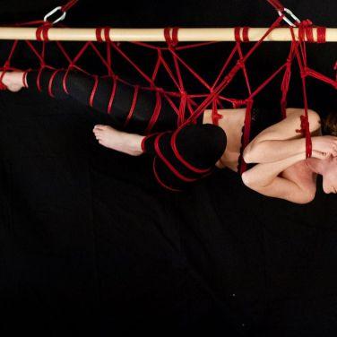 Rope by Miumi-U / Modelled by MissBones / Photo by www.miaculpalondon.wordpress.com