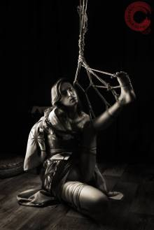Rope by Wykd Dave / Modelled by MissBones / Photo by Clover